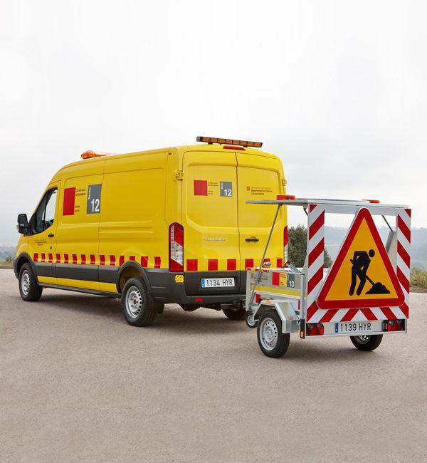 Barras direccional ISAES BF210 en vehículo de emergencias